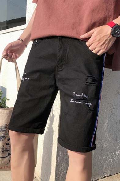Summer Fashion Letter Embroidery Pattern Contrast Stripe Side Ripped Detail Men's Casual Denim Shorts
