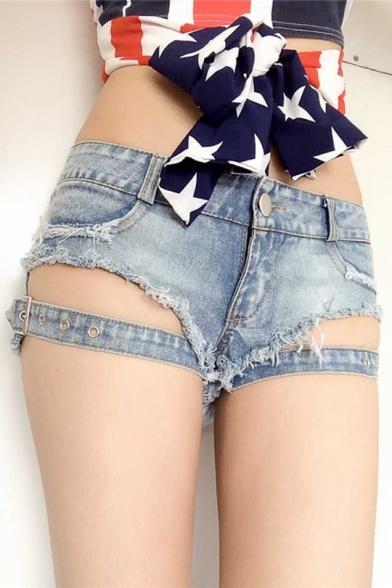 Hot pants girls