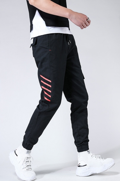 Guys Trendy Diagonal Stripes Printed Drawstring Waist Elastic Cuffs Casual Cotton Cargo Pants with Side Pocket
