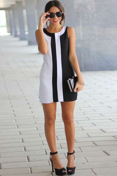 Womens Summer Chic Two-Tone Black and White Round Neck Sleeveless Mini Sheath Tank Dress