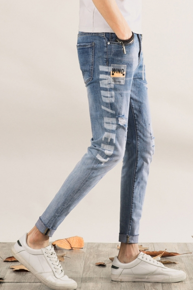 Men's Stylish Letter Printed Rolled Cuffs Light Blue Zip-fly Ripped Jeans