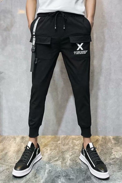 Men's Trendy Letter X Printed Flap Pocket Front Ribbon Embellished Drawstring Waist Black Casual Cargo Pants