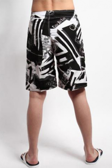Summer Fashion Printed Quick-drying Loose Fit Outdoor Sports Beach Shorts with Flap Pocket for Men