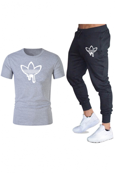 Mens Fashion Clover Logo Printed Casual T-Shirt with Joggers Sweatpants Two-Piece Set