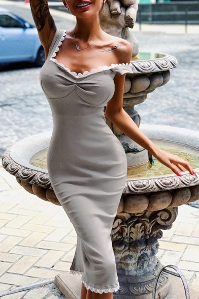 Ladies Gray Stylish Lace Trim Sweetheart Neck Split Back Knee Length Fitted Cami Dress for Party