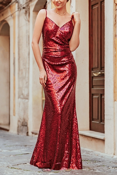 Baycheer / Pageant Glamorous Ladies' Sleeveless Deep V-Neck Sequined Maxi Fitted Fishtail Cami Dress in Red