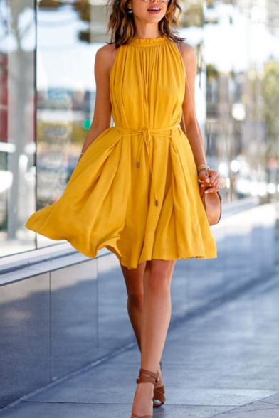 Sweet Yellow Sleeveless Crew Neck Stringy Selvedge Bow Tie Waist Pleated Short A-Line Dress for Ladies