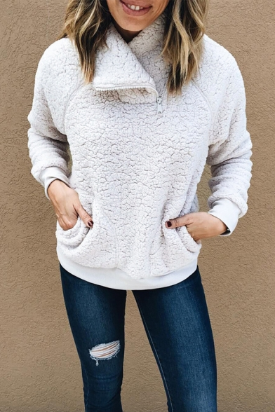 Casual Fashion Women' Long Sleeve Stand Collar Zipper Pockets Side Sherpa Fleece Relaxed Pullover Sweatshirt in White, LM582279