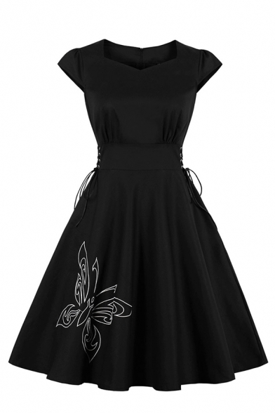 Unique Black Short Sleeve Sweetheart Neck Spider Printed Zip Back Lace Up Side Midi Pleated Flared Dress for Women