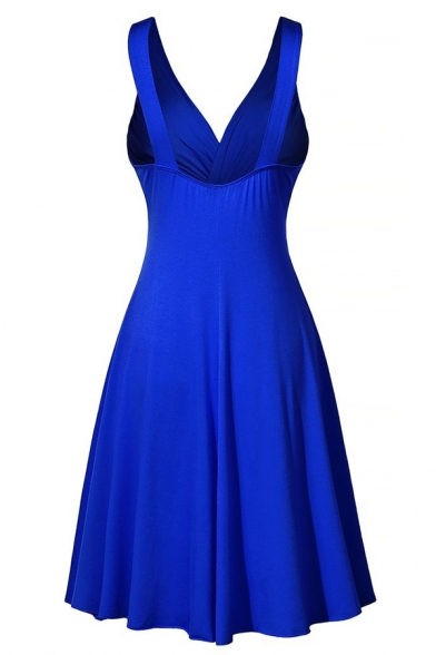 Dressy Boutique Sleeveless Deep V-Neck Twist Front Mid Plain Pleated A-Line Dress for Ladies