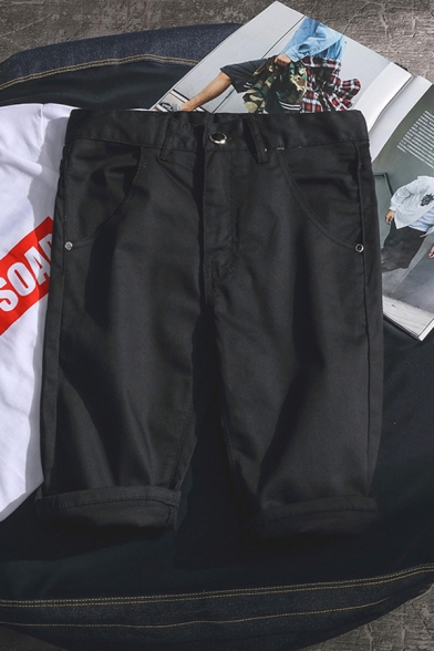 Leisure Guys' Solid Color Mid Rise Rolled Cuffs Straight Shorts