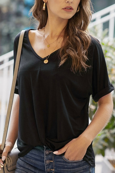 Leisure Ladies Solid Color Short Sleeve V-Neck Relaxed Fit T-Shirt