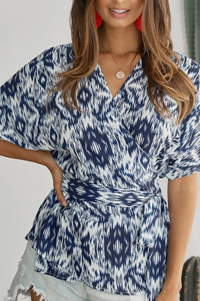 Casual Pretty Ladies Short Sleeve Surplice Neck Bow Tied All Over Floral Fitted Wrap Blouse Top