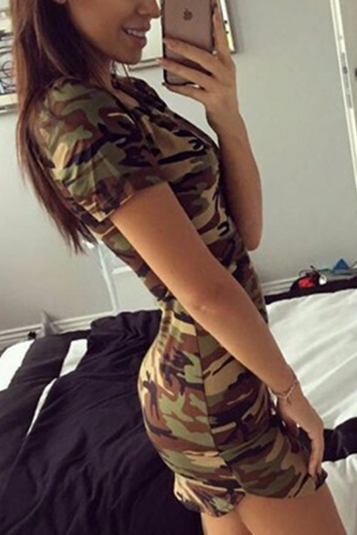 Cool Leisure Women's Short Sleeve Round Neck Camo Printed Curved Hem Mini Bodycon Tee Dress in Army Green