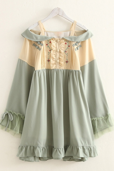 Kawaii Girls Bow Tied Long Sleeve Cold Shoulder Floral Embroidered Frog Button Ruffled Stringy Selvedge Lace Patched Short Pleated Babydoll Dress in Green