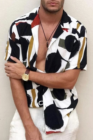 Fashionable Mens Short Sleeve Lapel Neck Button Down Abstract Pattern Color Block Regular Fit Shirt in Black