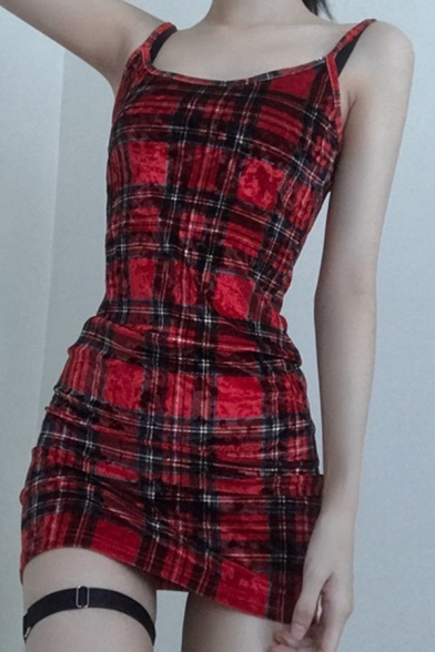 Pretty Girls Sleeveless Checker Print Slit Side Mini Sheath Cami Dress in Red