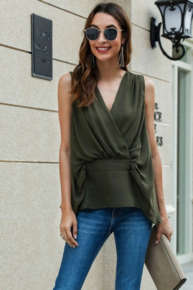 Фото #1: Elegant Womens Sleeveless Surplice Neck Patchwork Button Back Relaxed Blouse Top in Green