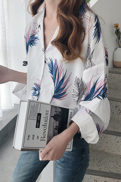Popular All over Leaf Pattern Long Sleeve Notched Collar Button up Relaxed Shirt Top for Ladies