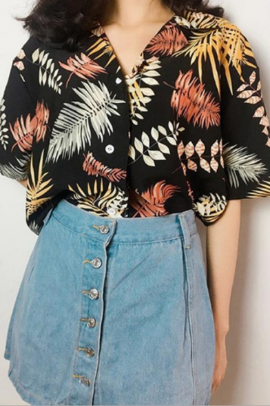 Stylish Leaf All-over Pattern Short Sleeve Notched Collar Button-down Relaxed Shirt
