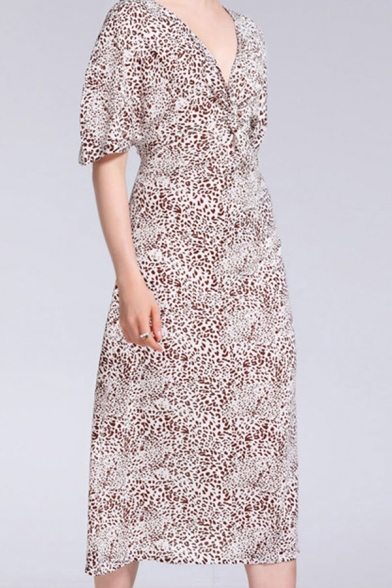 Casual Leopard Pattern Short Sleeve V-neck Twist Front Mid A-line Dress in Apricot