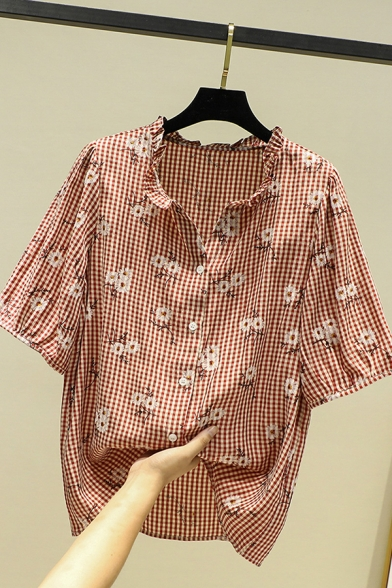 Pretty Womens Allover Daisy Floral Embroidered Checkered Print Half Sleeve Stringy Selvedge V-neck Button up Relaxed Shirt Top