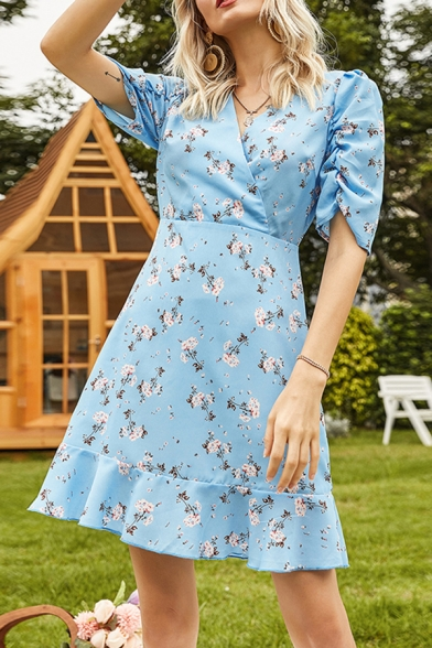 Fashion Womens Allover Flower Printed Ruched Short Sleeve Surplice Neck Ruched Short A-line Dress in Blue
