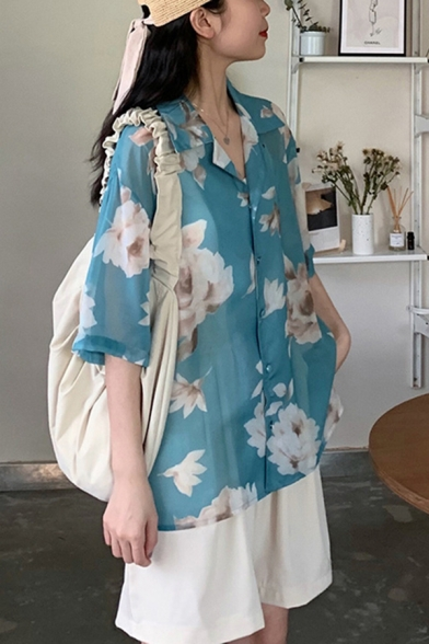 Trendy Womens All over Flower Print Short Sleeve Lapel Neck Button up Loose Shirt in Blue