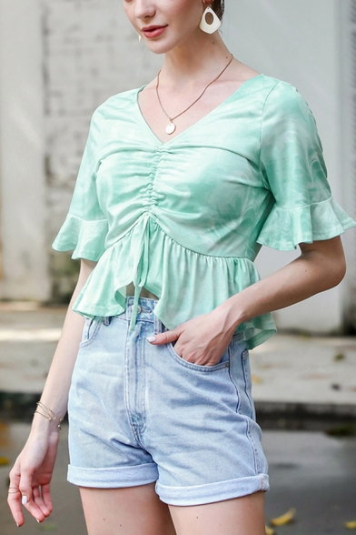 Trendy Tie Dye Print Bell Sleeve V-neck Ruffled Trim Ruched Fitted T-shirt in Light Blue