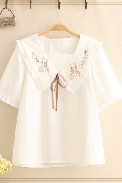 Lovely Girls Bear Embroidery Stringy Selvedge Short Sleeve Peter Pan Collar Bow Tie Relaxed Shirt in WhiteLovely Girls Bear Embroidery Stringy Selvedge Short Sleeve Peter Pan Collar Bow Tie Relaxed Shirt in White