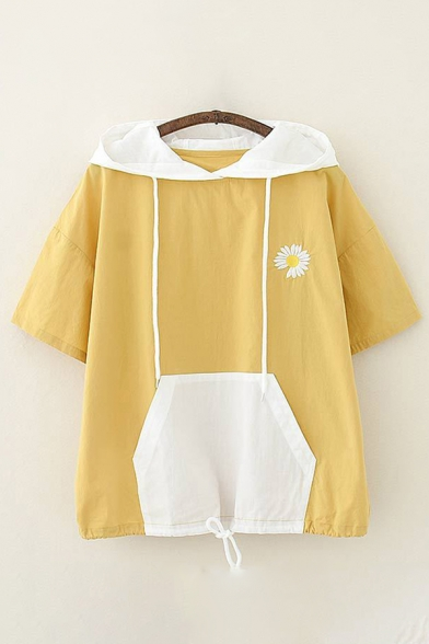 Single Daisy Floral Embroidered Contrasted Short Sleeve Drawstring Ears Hooded Kangaroo Pocket Loose Stylish T Shirt for Women