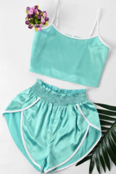 Hot Girls Solid Color Spaghetti Straps Fitted Crop Cami Top & Contrasted Relaxed Shorts Set