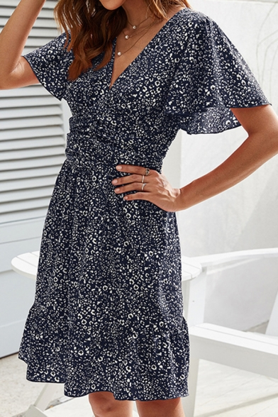 Trendy Ditsy Floral Print Ruched Ruffle Detail V Neck Short Sleeve Mini A-Line Dress for Women