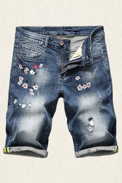 Stylish Denim Shorts Embroidery Floral Pattern Medium Wash Zipper Button Distressed Rolled Edge Pocket Straight Fit Mid Rise over the Knee Denim Shorts for Men