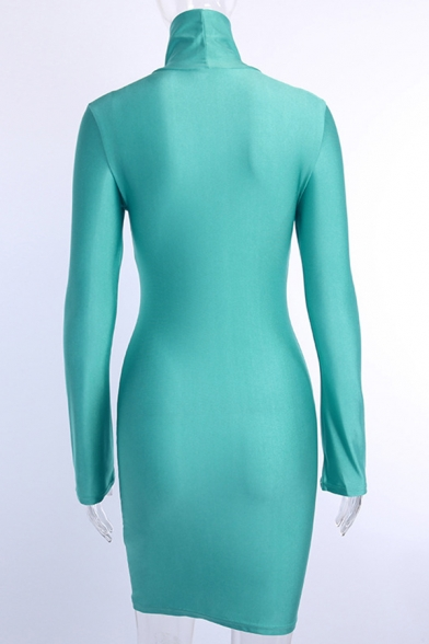 Edgy Girls Solid Color Long Sleeve High Neck Short Bodycon Dress in Green