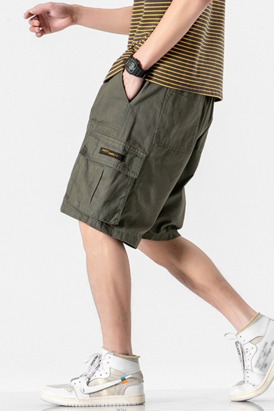 Leisure Cargo Shorts Flap Pocket Applique Pocket Drawstring Mid Rise Loose Fitted Cargo Shorts for Men