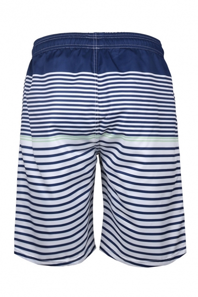 Chic 3D Relax Shorts Color Block Cross Stripe Pattern Drawstring Pocket Straight Fit Mid Rise Knee Length Relax Shorts for Men