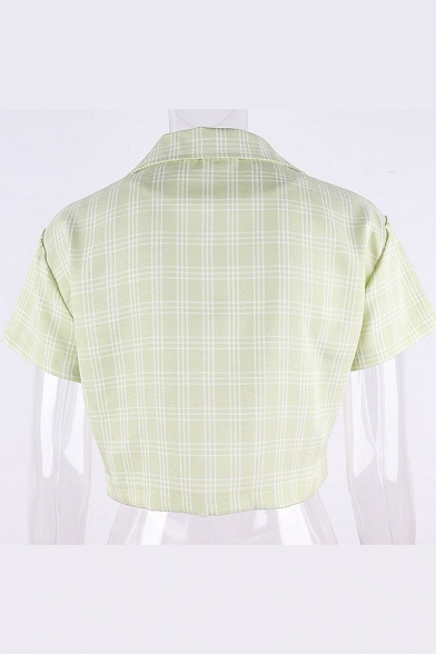 Trendy Plaid Printed Short Sleeve Notched Collar Button up Regular Fit Crop T Shirt in Green