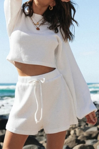 Chic Ladies White Long Sleeve Crew Neck Relaxed Crop Knit T Shirt & Shorts Pajamas Set