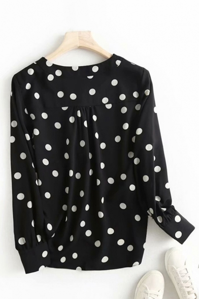 Ladies Stylish Polka Dot Printed Long Sleeve V-neck Button Up Relaxed Fit Blouse Top in Black