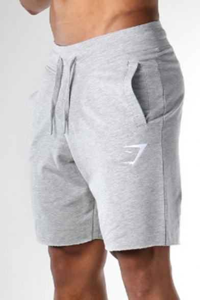 Trendy Men's Shorts Icon Pattern Side Pockets Drawstring Waist Regular Fitted Quick Dry Fitness Shorts