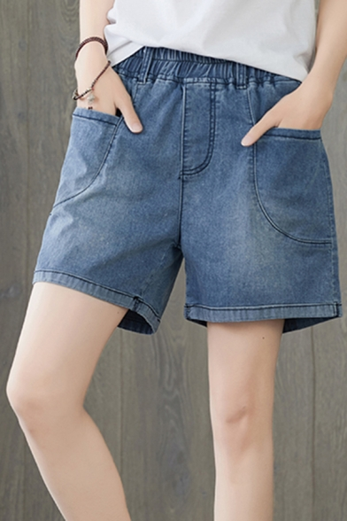 Fancy Women's Denim Shorts Side Pocket Elastic Waist Straight Regular Fitted Shorts