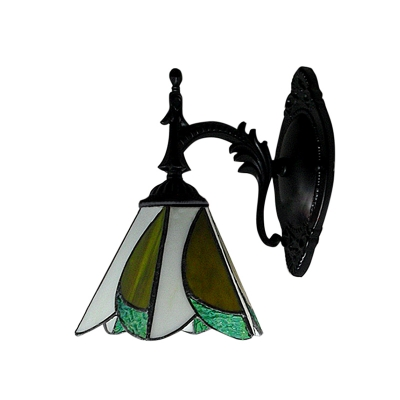 7 Inches Width Tiffany Designed Wall Sconce with One Light