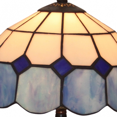 Tiffany Single Light 18 Inches High Beautiful Resin Table