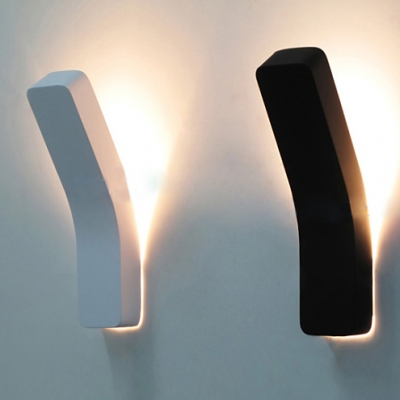 "High Bright Bend Wall Light 13.7"" High 5W Vertical Linear LED Sconces in Black/White for Led Directional Light for Bedroom Hallway Hotel Room Cafe"