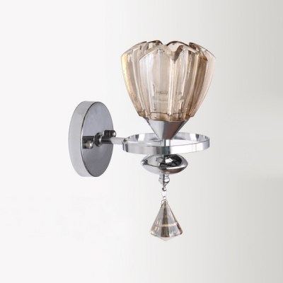 Contemporary Polished Chrome Finish Iron Frame Made Wall Sconce Glittering Look with Shining Glass Shade