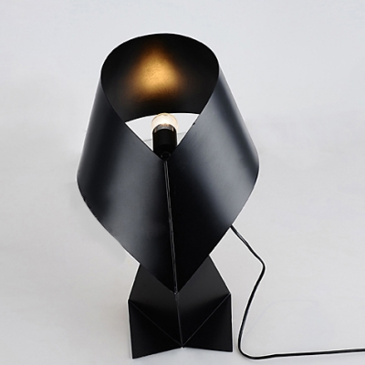 Modern Metal Made Mini Table Lamp in White/Black/Red