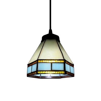 Mini Pendant Light in Tiffany Design with Castle Shape Shade
