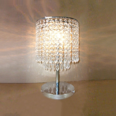 Dazzling Single Light Table Lamp With Delicate