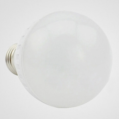 E27 9W LED Ball Bulb 300lm Cool White Light